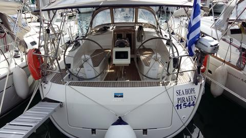 sailboat Bavaria Cruiser 37 Picture 1